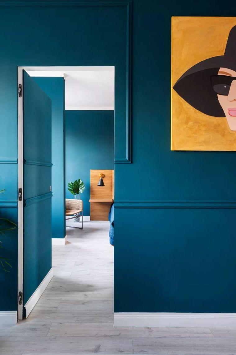 深色系墙面设计,让你家的颜值翻一倍_15