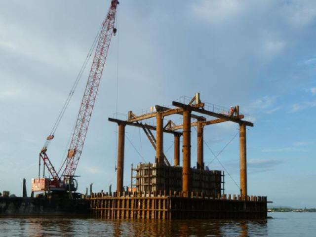 200m主跨钢桁架拱桥主拱整体提升安装施工技术可视化交底123页