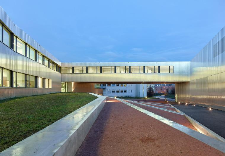 瑞士尼翁教学中心