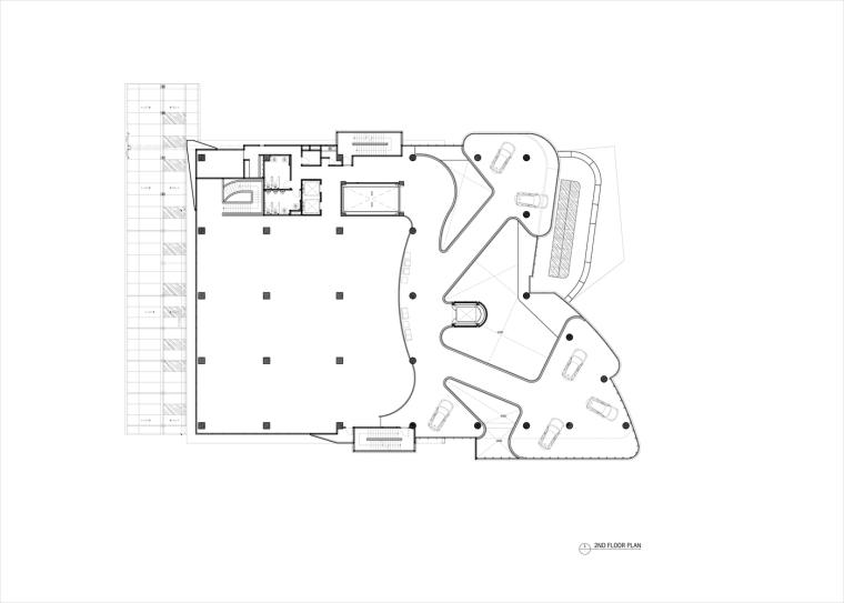 九转回环、流畅现代的车展大厅及办公楼设计_9