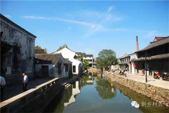 设计酱:忘记乌镇、西塘、周庄吧!这些古镇古村,很美很冷门!_18