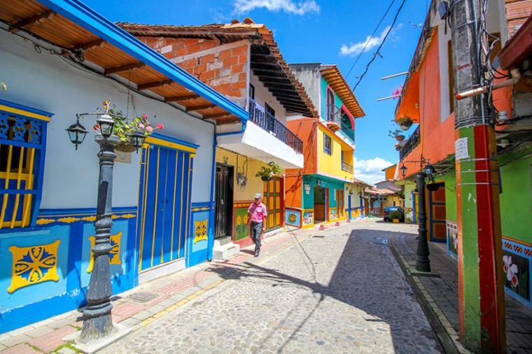 哥伦比亚guatape小镇景观