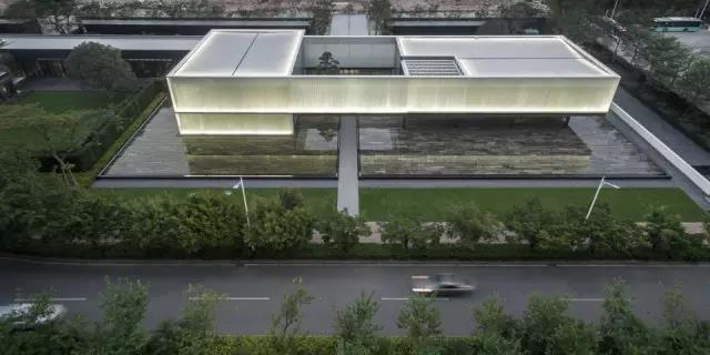 深圳湾超级总部基地首开项目与总体规划的展厅_2