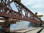 福禄河大桥梁板安装任务顺利完成