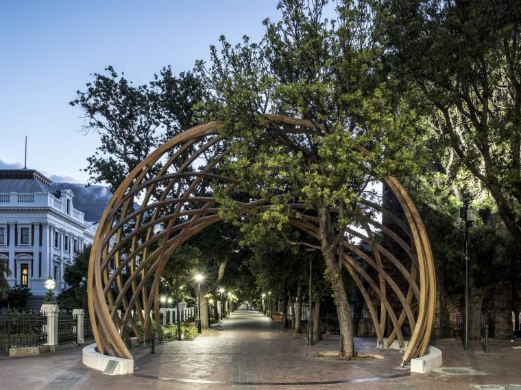 南非和平与民主纪念之门