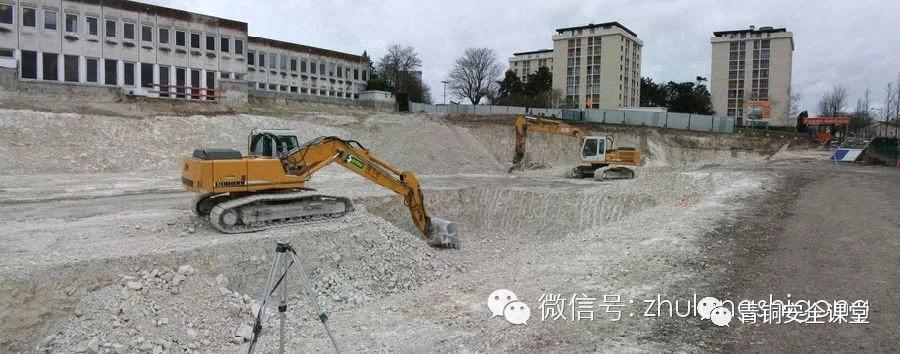 从准备到完工,看看法国建筑工地现场怎么样?_4