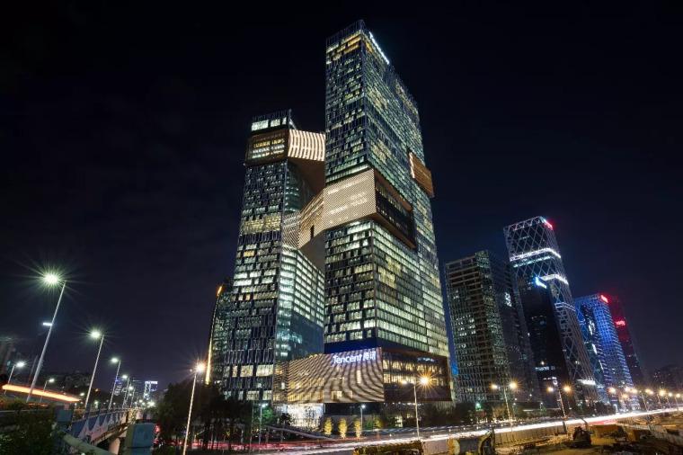 企鹅帝国新总部大楼告诉你,什么是真正的智能建筑!