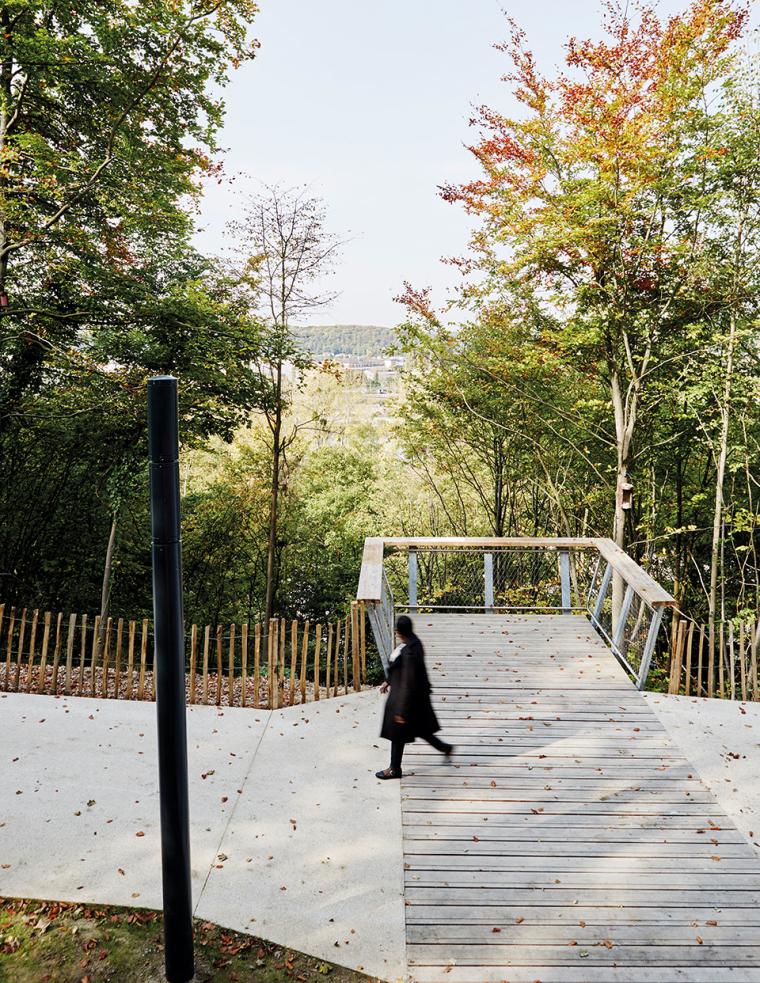 法国城市坡道景观-8