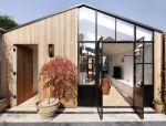 现代庭院住宅,一半原木一半阳光