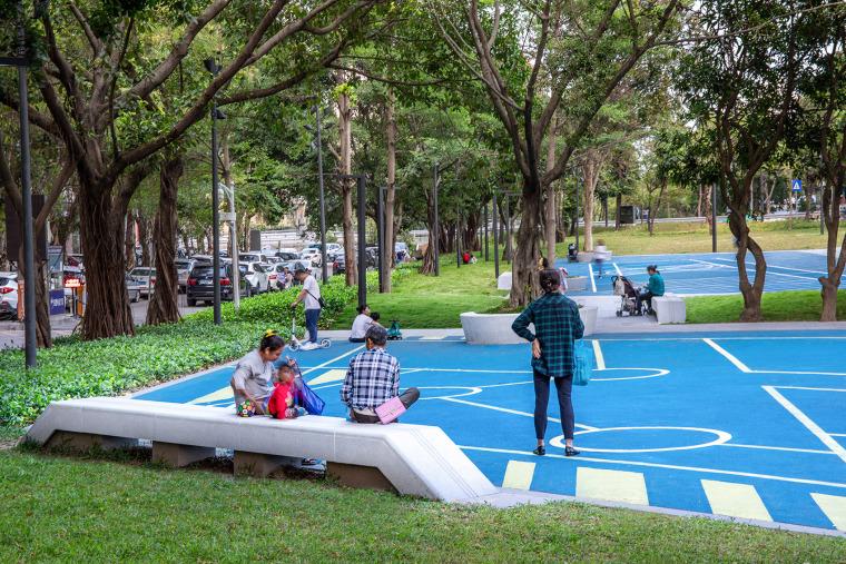014-luohu-san-heng-si-zong-streetscape-upgrading-china-by-sed-landscape-architect