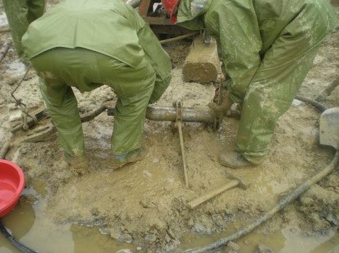 水泥搅拌桩施工现场