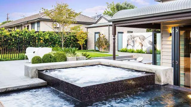 赶紧收藏!21个最美现代风格庭院设计案例_22