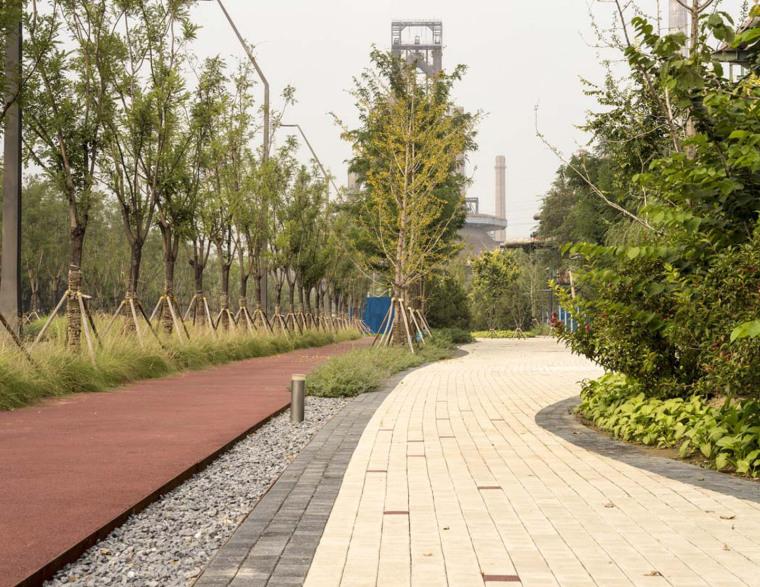 北京首钢晾水池东路景观-6
