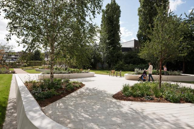 1-英国斯蒂夫尼奇镇中心花园kok第1张图片