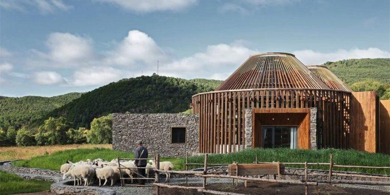 木兰坊—现代风蒙古包建筑设计