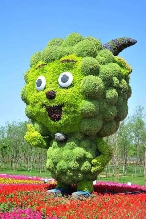 80个极美植物雕塑_54