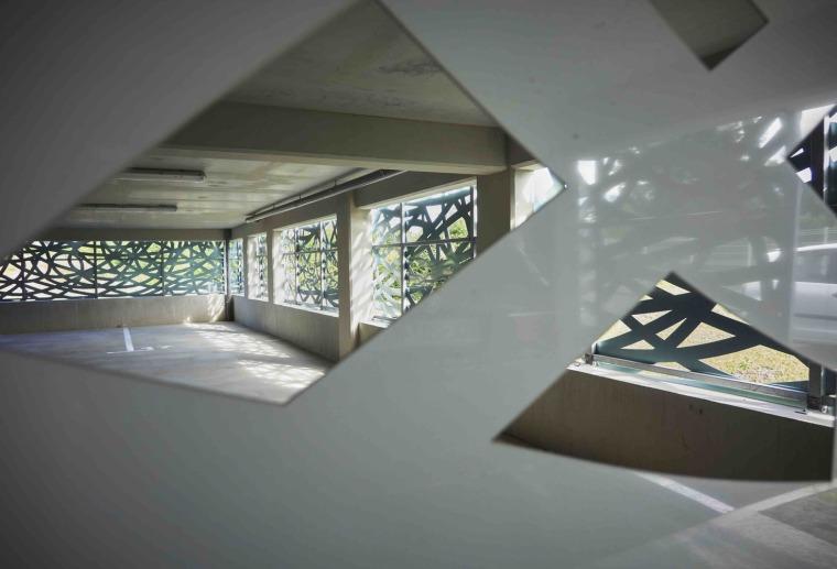 法国花式隔热混凝土的公寓楼内部实景图 (13)