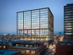 SOM芝加哥办公大楼设计公开,外露钢结构撑起五层露天平台
