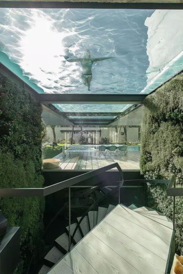 把屋顶设计成空中泳池,只有鬼才,才敢如此设计!_3