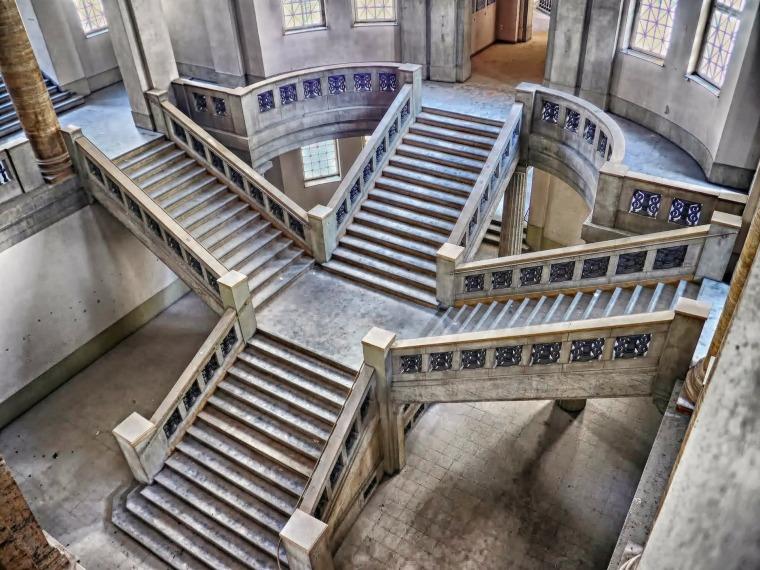 6层框架办公楼设计(含计算书、建筑结构设计图)
