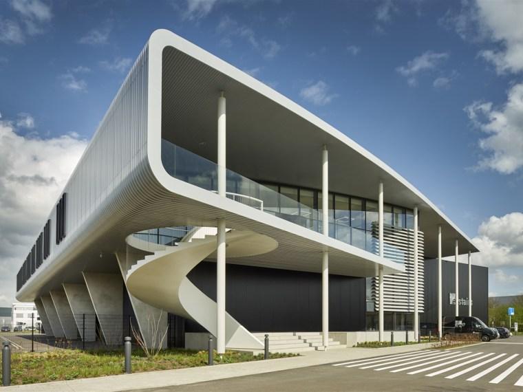 荷兰国际楼梯制造商EeStairs总部