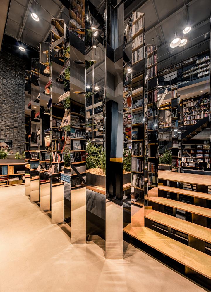 上海Hauser与Wirth书店-11