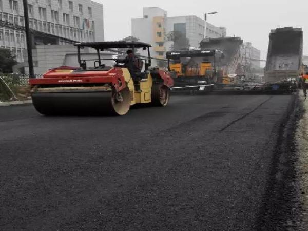 沥青路面施工技术要点