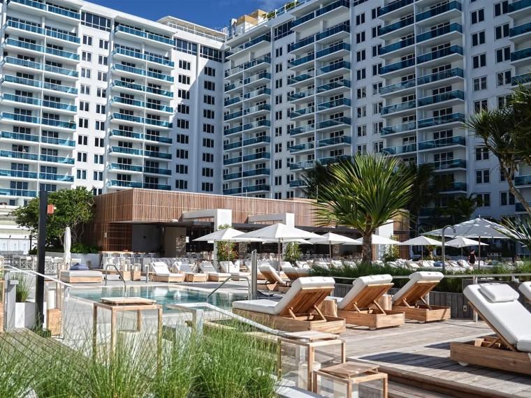 美国南滩酒店屋顶花园