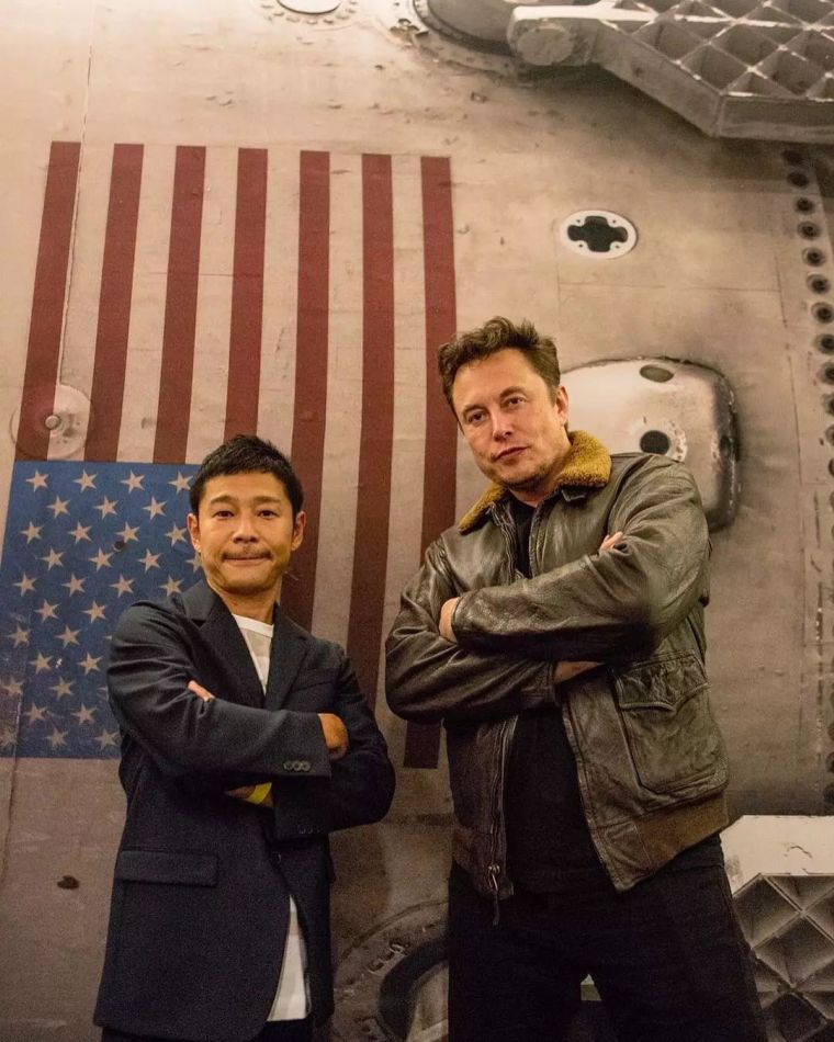首位去环游月球的日本富豪,竟然在一套租的房子里花掉10个亿