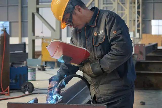 梁质量缺陷处理资料下载-施工必备钢结构焊接质量缺陷及处理方法