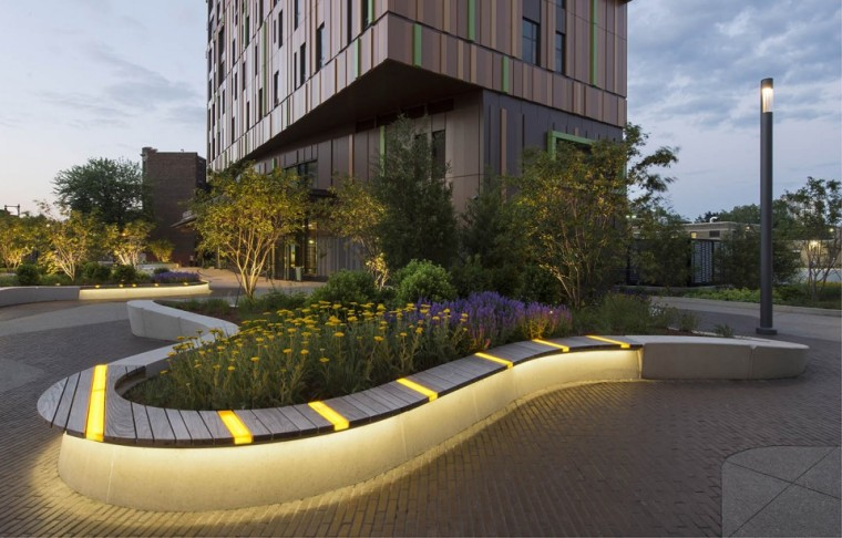 2015ASLA住宅设计类奖:MassArtResidenceHallbyGroundInc.-3.jpg