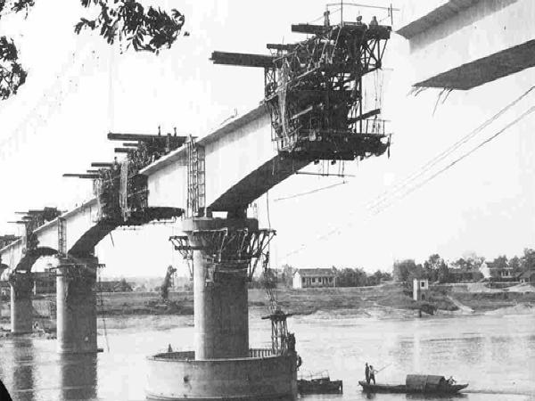 桥梁工程悬臂现浇法施工