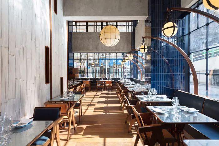 别找了,2018年最好看的餐饮空间设计都在这里了_64
