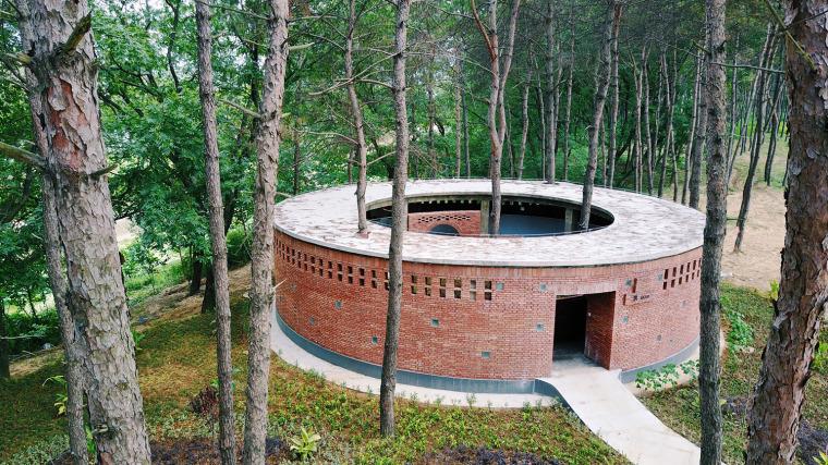 湖北澴河环厕建筑-1