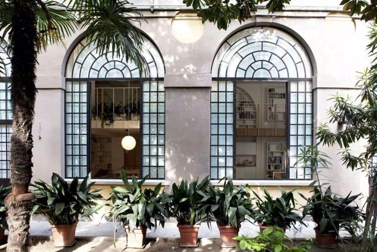 米兰·满满艺术感的SOHO复式住宅