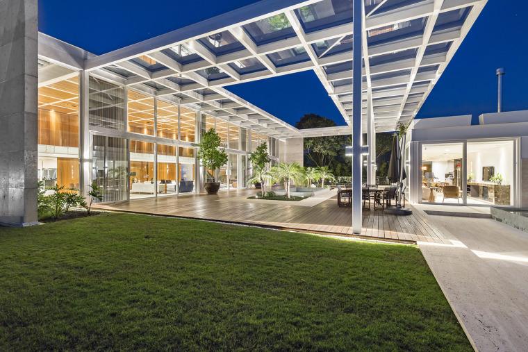 结构与空间融合的JardimdoSol住宅-19