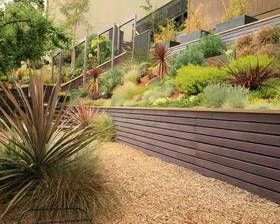 花园挡土墙,这样做太美了。