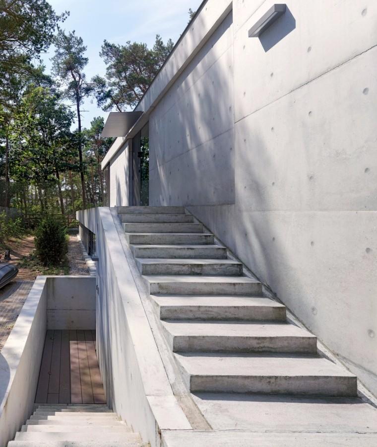 荷兰混凝土板组成的Zeist住宅-7