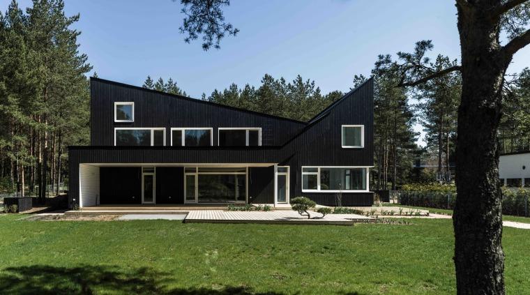 爱沙尼亚两层的私人住宅