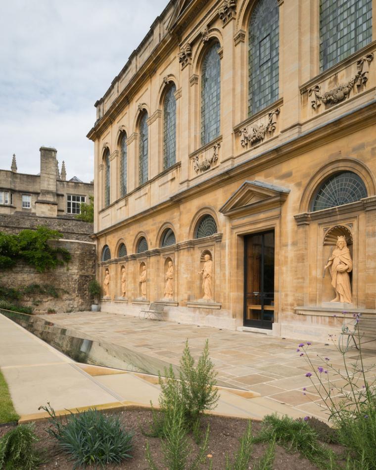 牛津大学皇后学院-2