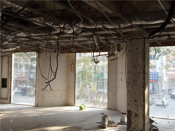 [特色餐厅设计]大连粤食粤点餐厅项目设计实景照片震撼来袭-二楼原始.jpg