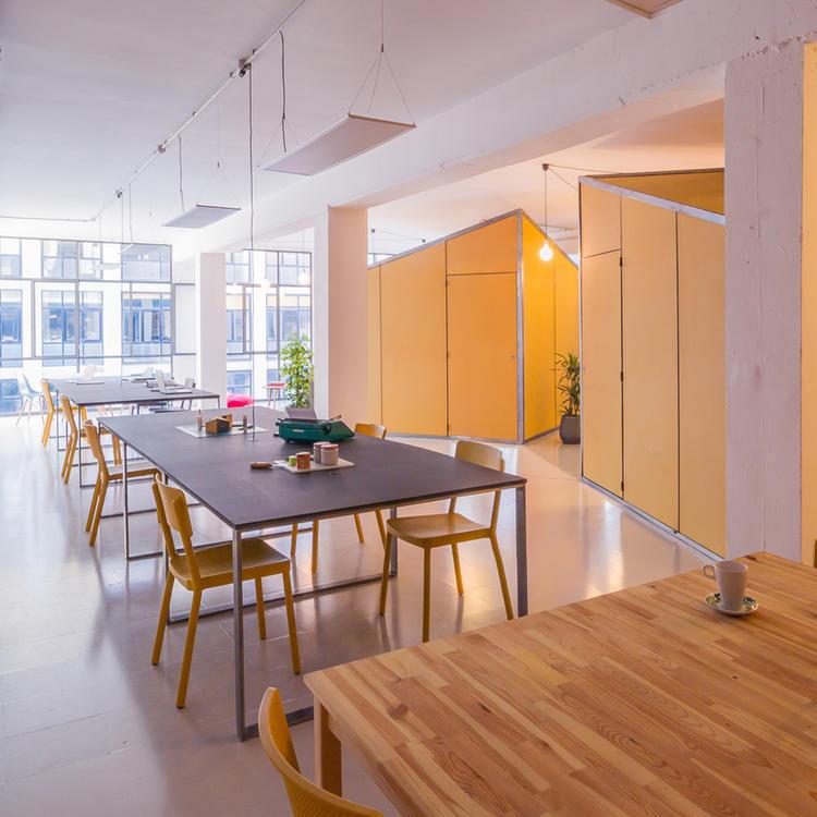 建筑师给自己设计的办公室,什么样的都有_12