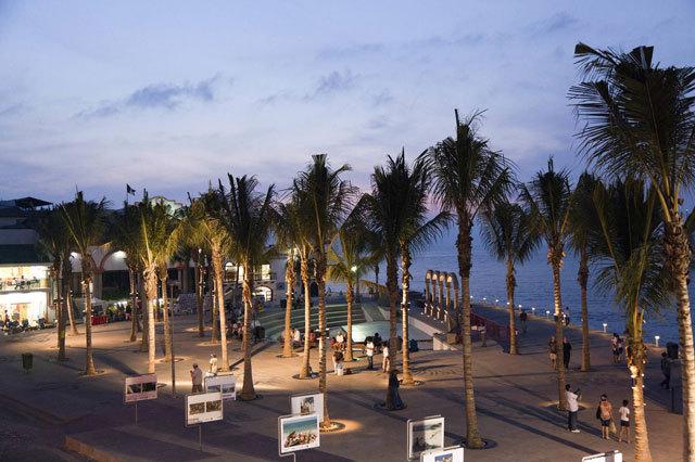 墨西哥巴亚尔塔港海滨景观设计_16
