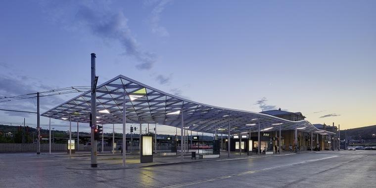 埃斯林根汽车站周围景观实景图 (5)