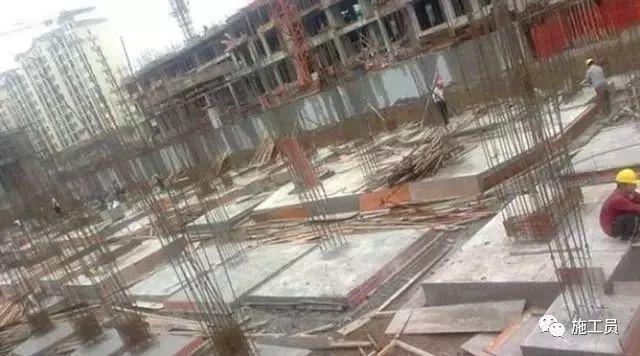 混凝土最快几天可以拆模板,现场怎么判断?_1
