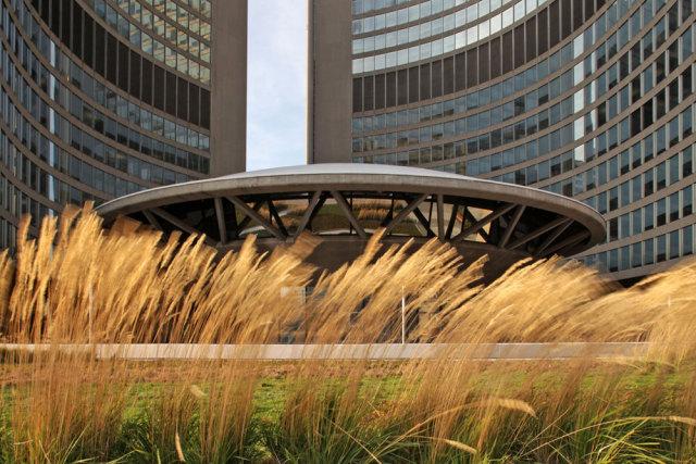 加拿大内森·菲利普斯广场屋顶花园景观设计