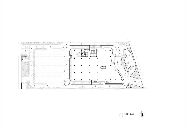 九转回环、流畅现代的车展大厅及办公楼设计_2