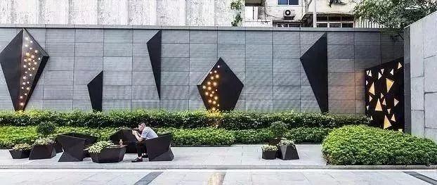 以墙为画_19