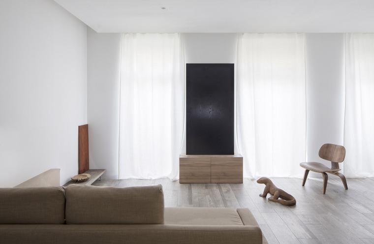 西班牙视觉艺术家的LEApartment公寓改造-3