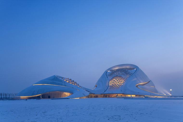 上海大型歌剧院机电安装施工组织设计(103页)